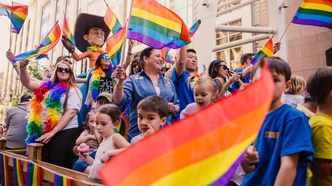 NEWS_PrideParade_LouieVillanueva_SOCIALMEDIA