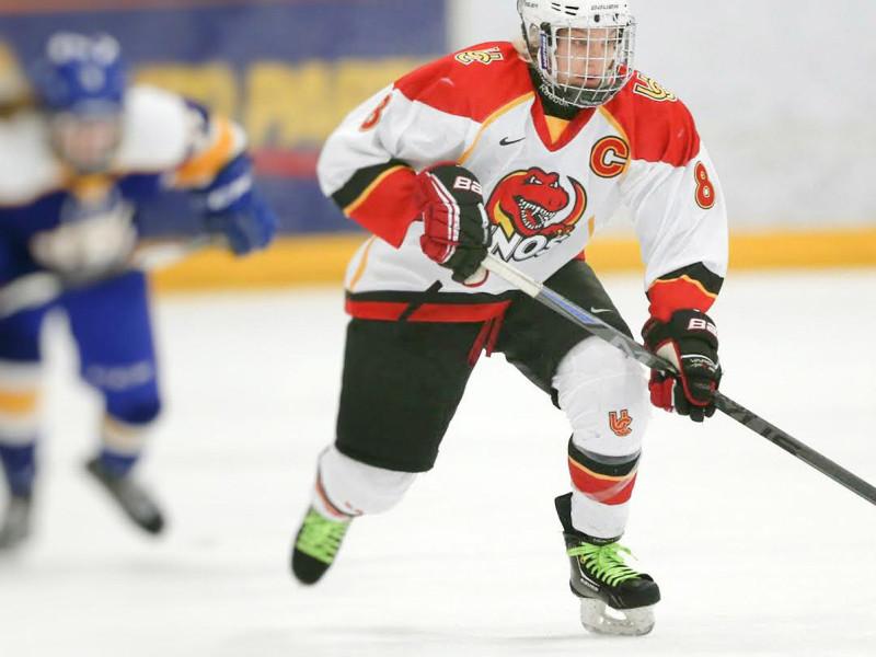 SPORTS_WomensHockey_David-Moll_WEB