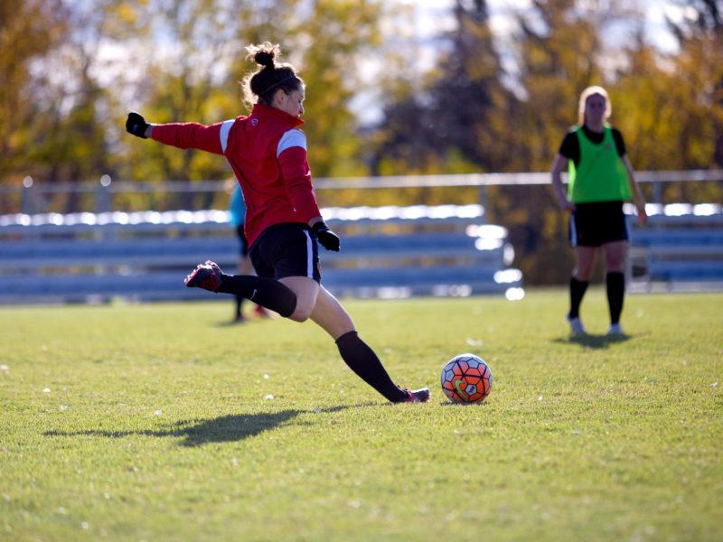 SPORTS_09_27_Emilie_women_soccer-2