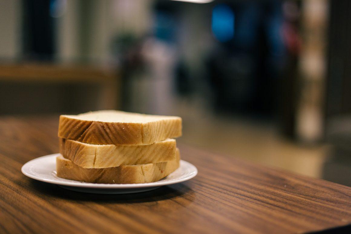 humor_justin_quaintance_bread_sandwich-1-of-1