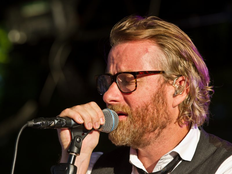 Matt_Berninger_of_The_National_at_Tanzbrunnen_Cologne