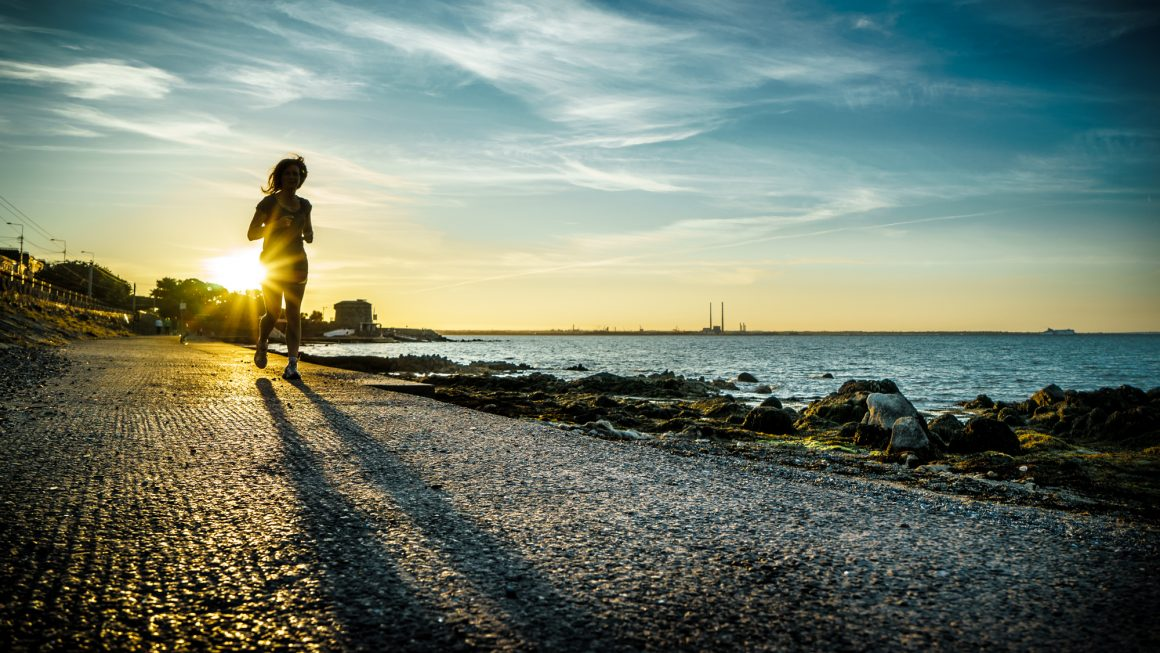 Running at sunset - Dublin, Ireland - Color street photography