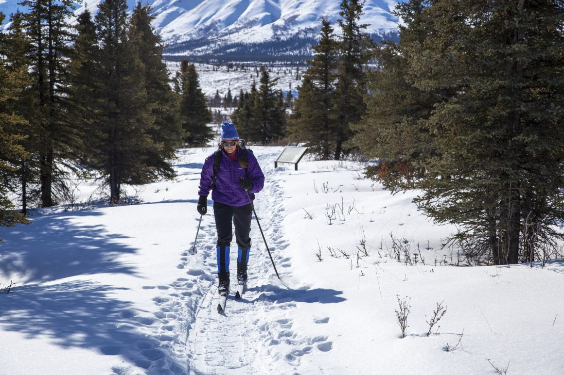 SPORTS_SnowshoeingWinter_DanielA.Leifheit-01