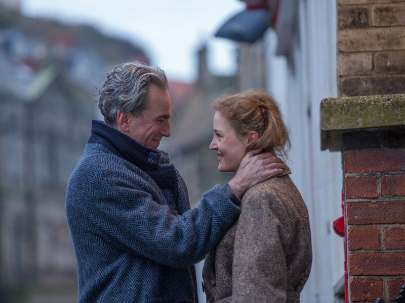 ARTS_PhantomThread_FocusFeatures-01