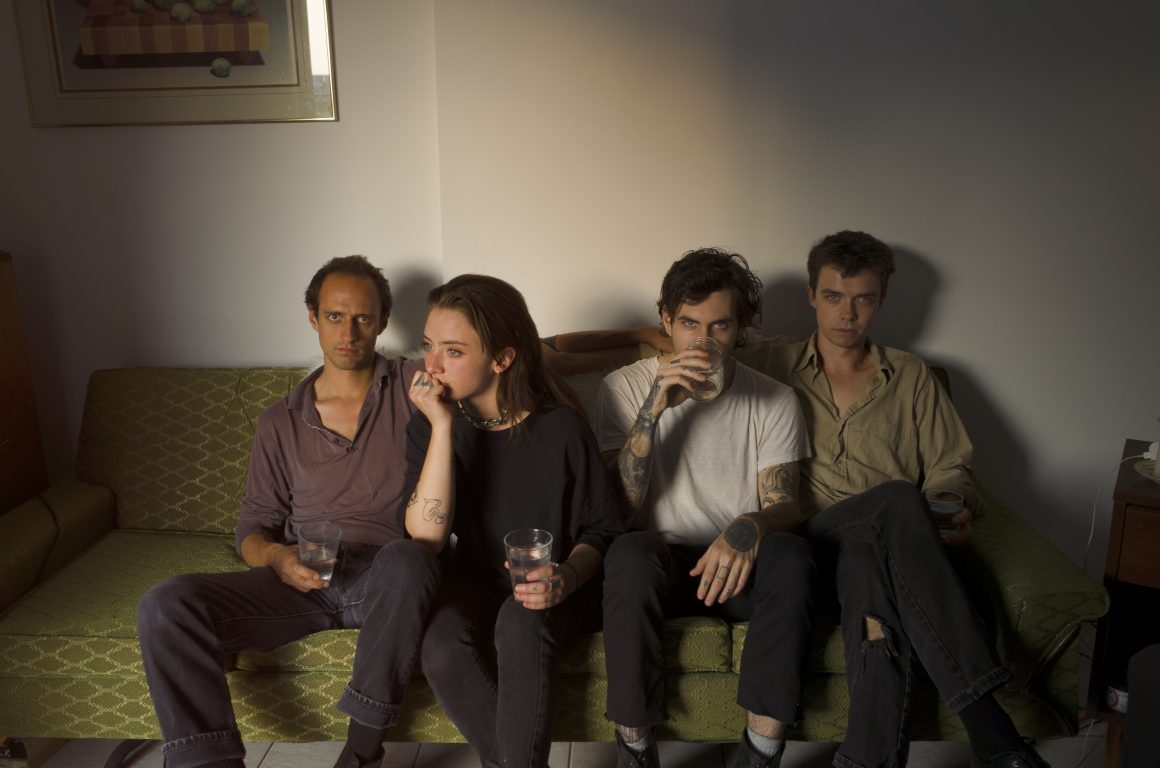 FRIGS_1_couch3bright-Chelsee_Ivan