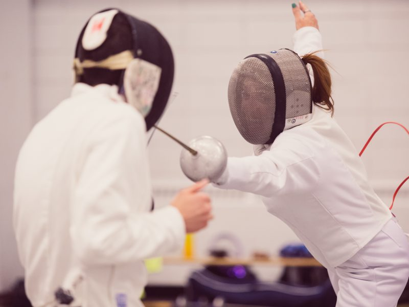 SPORTS_UofCFencing_LouieVillanueva-1